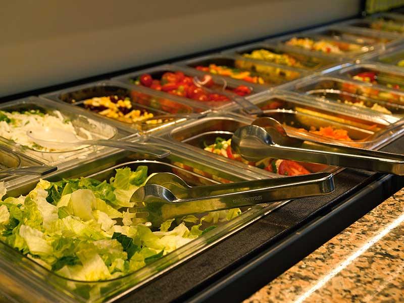 Täglich frische Salate